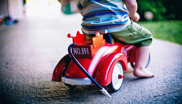 Best Kids and Toddlers Ride On Toys