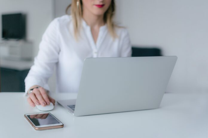 Best-Laptops-for-a-Home-Office